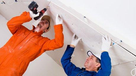 Comment poser faux plafond sur rail