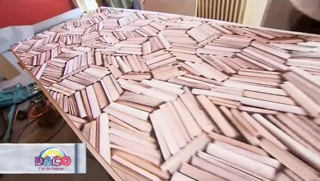 Customiser une porte avec du papier peint for Comment decorer une porte plane
