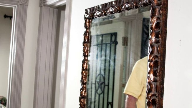 Grand miroir poser au sol miroir a poser au sol a poser sol a poser sol la a poser sol grand for Grand miroir sol