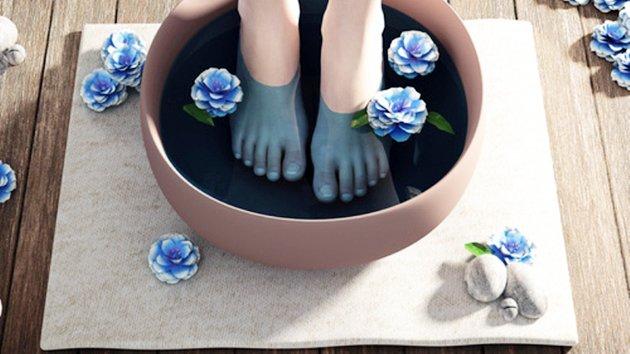 Recette de bain de pieds à faire à la maison - Minutefacile.com
