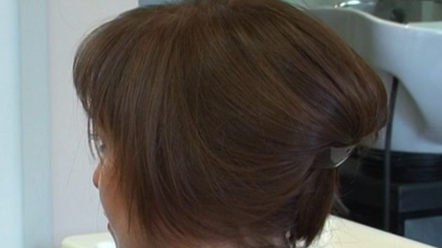Faire Un Chignon Avec Des Cheveux Courts Minutefacile Com