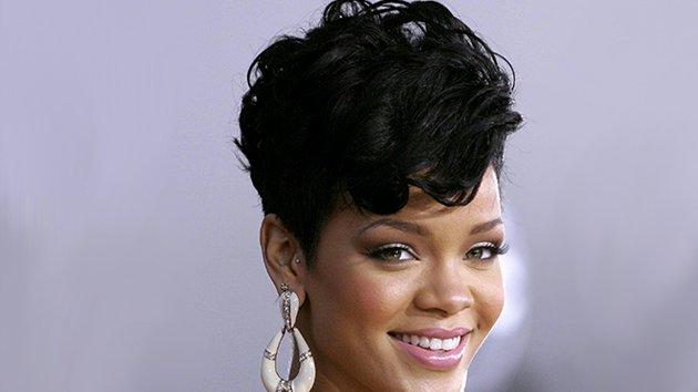 Faire La Coiffure De Rihanna Minutefacile Com
